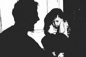 Thanh niên 21 tuổi bị bắt sau khi làm đám cưới với bé gái 15 tuổi ở Trà Vinh