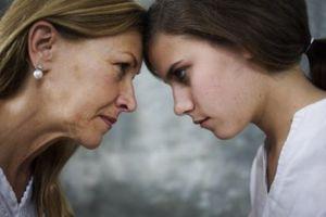 Bí kíp để mẹ chồng bớt khó tính, chửi mắng, nói xấu