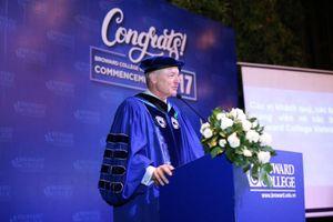 Đại học Broward tại Việt Nam có Chủ tịch mới