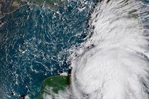 Mỹ huy động Vệ binh quốc gia sơ tán dân trước thềm siêu bão