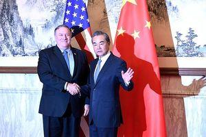 Thăm Bắc Kinh, Ngoại trưởng Mỹ nhận chỉ trích vì căng thẳng leo thang