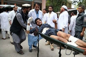 Đánh bom liều chết ở Afghanistan khiến gần 20 người thương vong