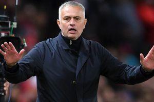 Không dám sa thải Mourinho, ban lãnh đạo MU bị chê bạc nhược, thiếu tầm nhìn