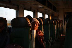 Những chuyến tàu cũ kỹ vì suy thoái kinh tế ở Zimbabwe