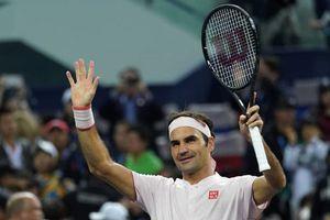 Roger Federer thể hiện bản lĩnh trước tài năng trẻ người Nga