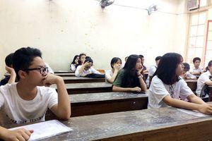 Tuyển sinh vào lớp 10 của 4 trường chuyên ở Hà Nội thế nào?