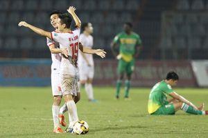 Play- off 2018: Đá trên sân Vinh, Nam Định không có ngoại binh