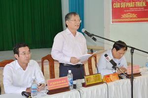 Lãnh đạo TP Đà Nẵng đối thoại với người dân khu vực bãi rác Khánh Sơn: - Sẽ công bố lộ trình di dời, đóng cửa bãi rác vào cuối năm 2018