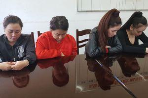 Vụ nữ nhân viên Spa bị đánh bầm mặt: 4 'kiều nữ' bị tạm giữ