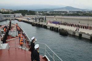 Chiến hạm Trần Hưng Đạo thăm Hàn Quốc