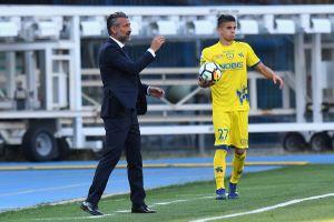 Serie A và La Liga khởi đầu 'điệp khúc' sa thải HLV