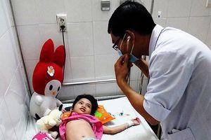 Đà Nẵng: Kêu gọi cứu giúp em học sinh tiểu học bị ung thư máu