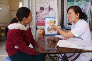 Y tế cơ sở chậm phát triển vì còn nhiều bất cập