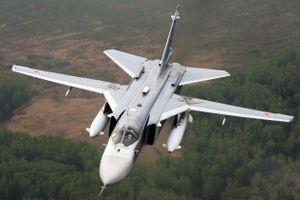 Nga: 10 chiếc Su-24 đồng loạt vô hiệu hóa tổng hành dinh kẻ thù