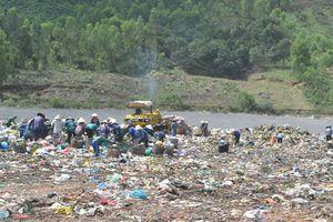 Người dân còn phản ánh về mùi hôi sẽ thay Giám đốc Xí nghiệp Quản lý bãi rác