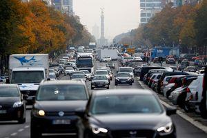 EU nhất trí cắt giảm 35% khí thải xe ô tô vào năm 2030