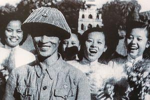 Có một Hà Nội vỡ òa hạnh phúc ngày đón đoàn quân Giải phóng