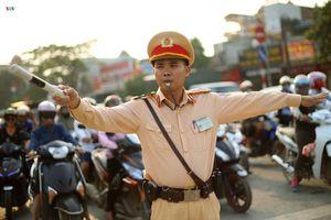 Công dân Thủ đô ưu tú: Chiến sỹ CSGT hết lòng vì dân phục vụ