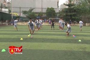Các đội bóng đá học sinh THPT Hà Nội sẵn sàng cho mùa giải mới 2018