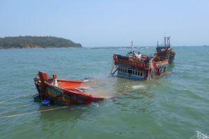 Tàu chở 44 ngư dân bị chìm ở khu vực quần đảo Trường Sa