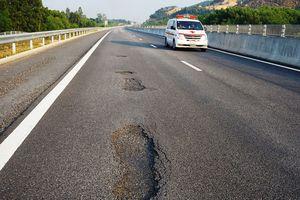Dừng thu phí cao tốc Đà Nẵng - Quảng Ngãi để kiểm tra, khắc phục hư hỏng