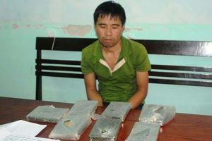Phá đường dây vận chuyển ma túy, thu giữ 7 bánh heroin