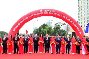 Hà Nội: Cầu vượt 312 tỷ đồng chính thức thông xe