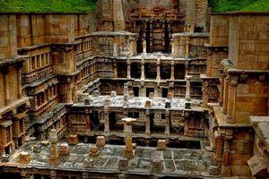 Bí mật bất ngờ trong ngôi đền ẩn sâu dưới lòng đất