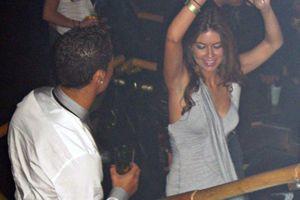 Ronaldo thừa nhận có 'quan hệ' với người tố hiếp dâm