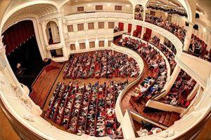 Nhà hát 1.500 tỉ đồng ở TP Hồ Chí Minh: Chưa hợp thời?!