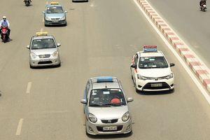 Taxi truyền thống 'chết' dần: Muốn 'sống' khỏe phải hội đủ 3 điều kiện