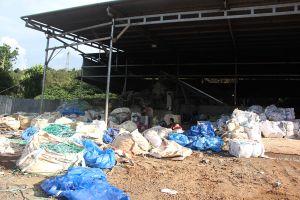 Dân khổ sở vì cơ sở tái chế hạt nhựa gây ô nhiễm