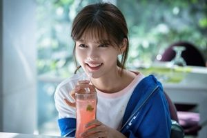 Lộ ảnh xinh lung linh của Kim Yoo Jung trong 'Clean with Passion for Now'
