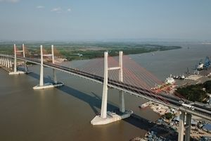 Cây cầu nối liền Hải Phòng - Quảng Ninh nhìn từ Flycam
