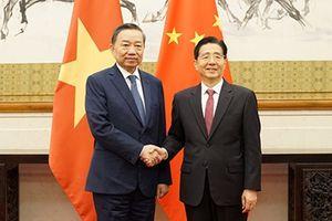 Bộ trưởng Tô Lâm hội kiến đồng chí Quách Thanh Côn, Bí thư Ủy ban Chính pháp TƯ Đảng Cộng sản Trung Quốc