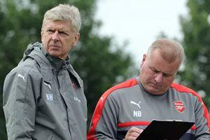 CLB TP.HCM nhắm cựu trợ lý ở Arsenal thay Miura