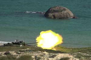 Pháo tự hành diệt tăng SU-100 Việt Nam thể hiện uy lực trong bắn đạn thật