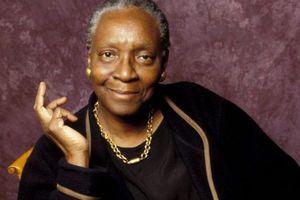 Nhà văn ngoài 80 tuổi vùng Caribe đạt giải thay thế Nobel Văn học 2018
