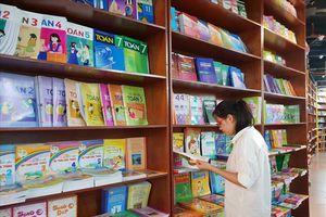 Bộ GDĐT chỉ rõ những tồn tại cần chấn chỉnh trong phát hành sách giáo khoa