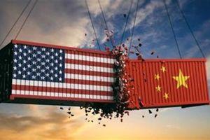 Mỹ ngoan cố dù ngấm đòn thương chiến?