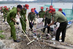 Lan tỏa chiến dịch 'Hãy làm sạch biển'