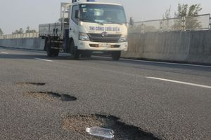 Cao tốc Đà Nẵng- Quảng Ngãi: Một vài đoạn đường kém so với tiêu chuẩn đường cao tốc