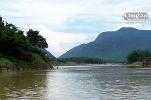 Âm vang một khúc sông Thu