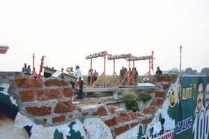 Máy bay chở 136 người đụng tường rào lúc cất cánh ở Ấn Độ