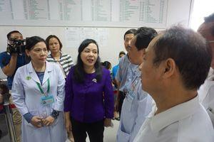Bộ trưởng Y tế chỉ đạo phòng chống dịch bệnh lây nhiễm chéo