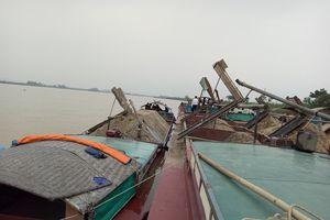 Bắt giữ 7 thuyền khai thác trái phép 140m3 cát trên sông Lam