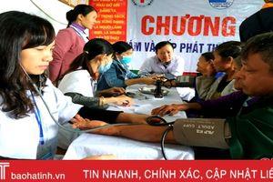 Formosa tổ chức khám, cấp phát thuốc cho gần 300 người dân