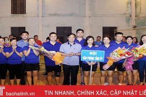 Văn phòng Tỉnh ủy vô địch Giải Bóng chuyền hơi khối các cơ quan Đảng