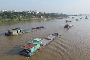 Đóng luồng sông Hồng, thi công đường ống nước sạch cho Hà Nội