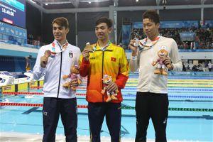 'Kình ngư' Nguyễn Huy Hoàng đem về chiếc Huy chương vàng thứ 2 cho Việt Nam